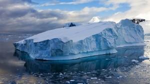 primera persona que atraviesa solo  y a pie la Antártida