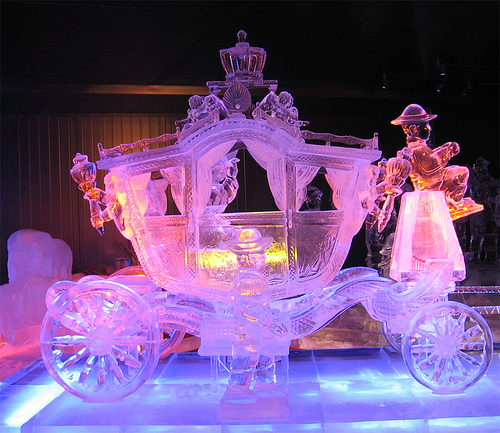 Golden Carriage ice sculpture