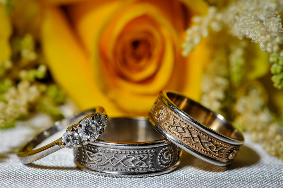 Wedding Day details of rings and bouquet