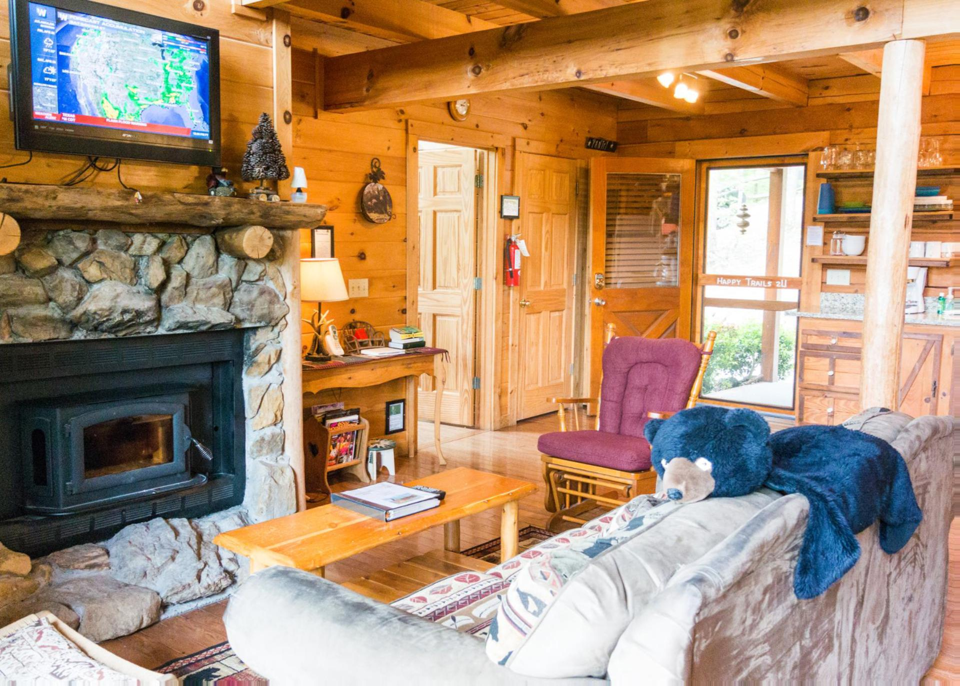 of for in with hot reserve condo nightly condos louisiana cabins one htm to rental tubs cabin branson our serenity rentals