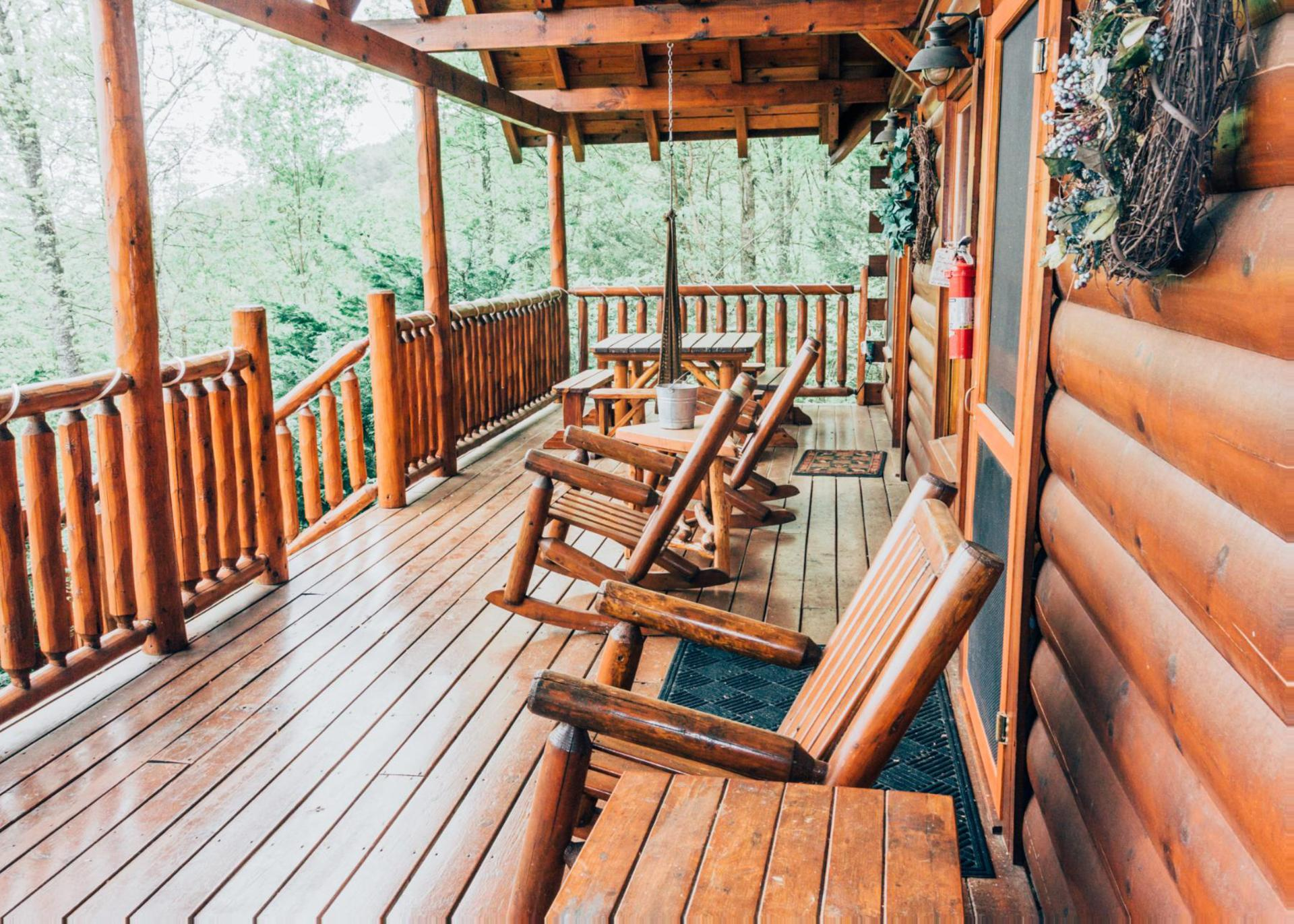 most elopement destination cabins bed tub private perfect your in large wildrose jacuzzi pin breakfast for louisiana with hot the romantic and texas getaway cottage outdoor our tubs retreat