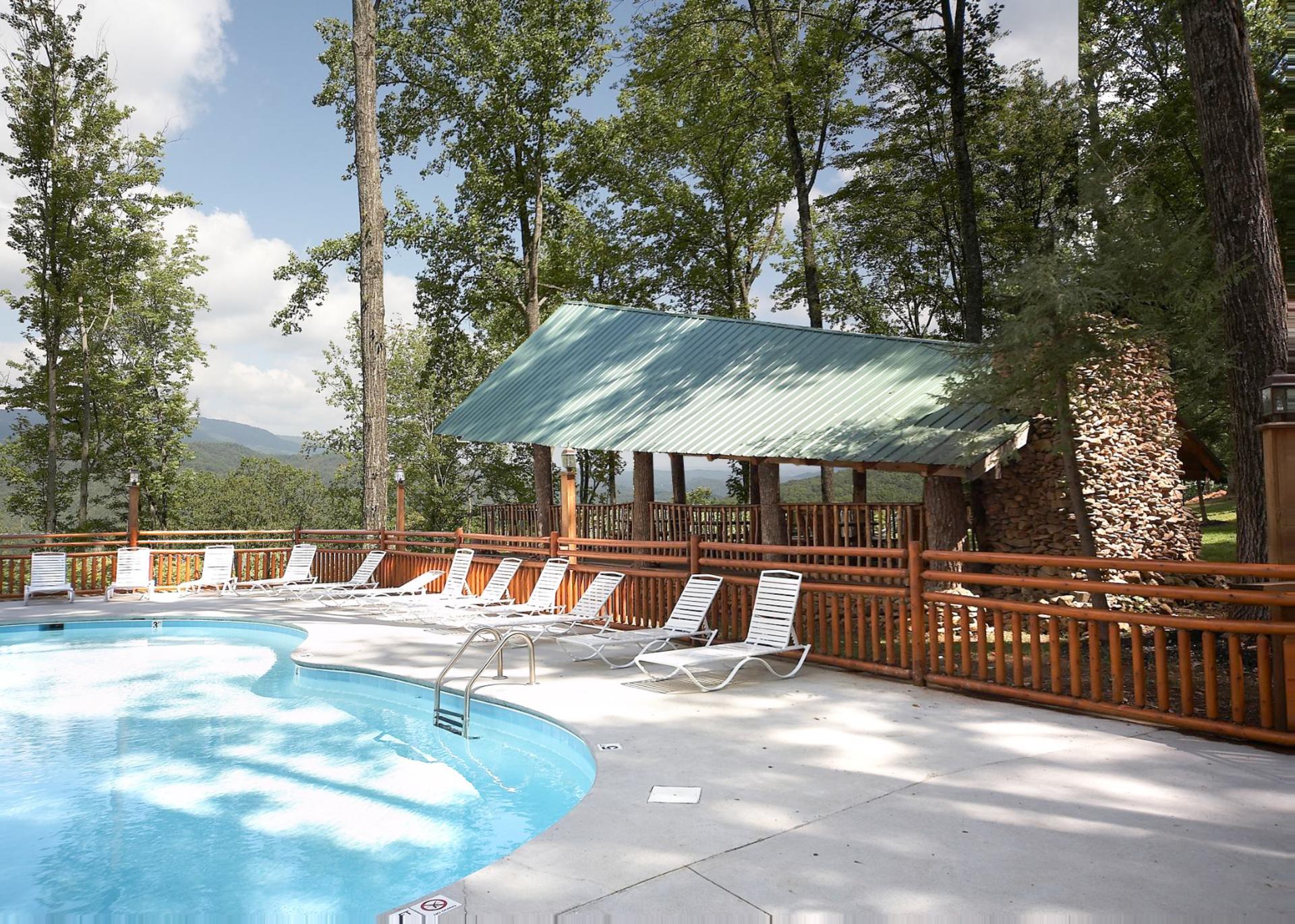 cabins frio lodging hot back with tubs louisiana hacienda rio tub in la deck
