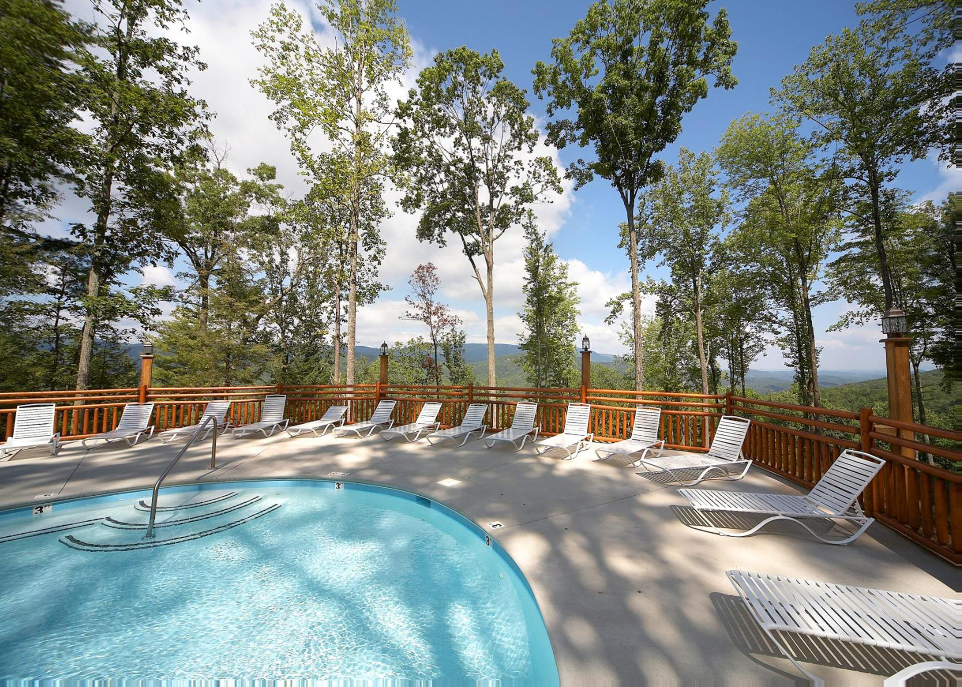 Enjoy the community pool with WIFI and amazing mountain views