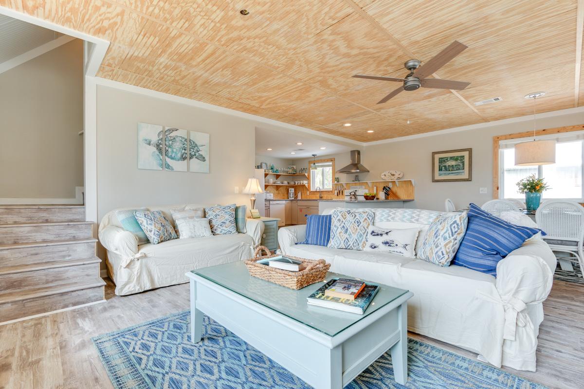 Om Shanti Seaside Cottage Natural Retreats