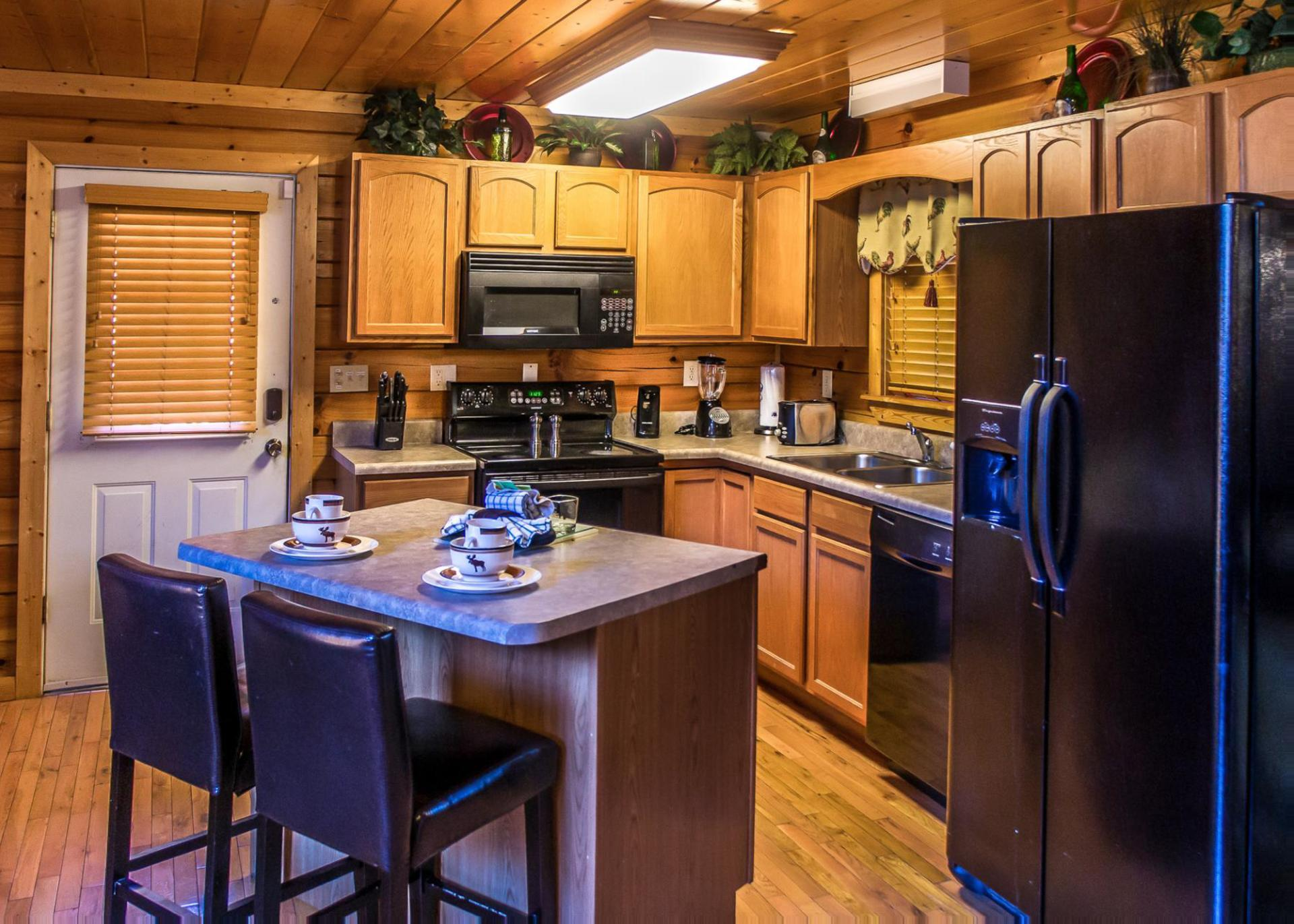 Simple Elegance Is An Impressive Six Bedroom Luxury Cabin Only Minutes From  Downtown Pigeon Forge, Making It The Perfect Cabin For Your Family Or Large  ...