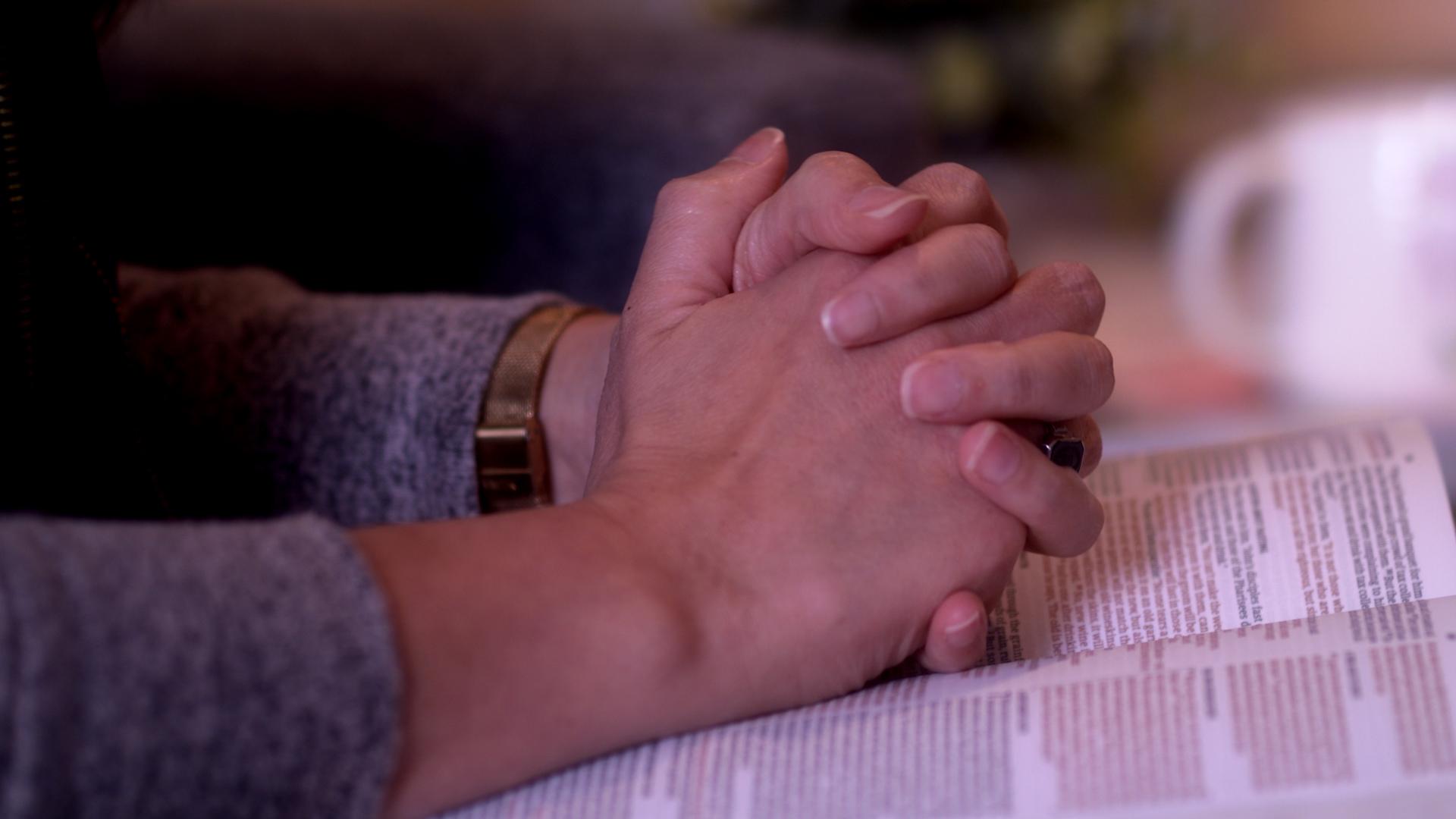 prayerhandswithbible.jpg