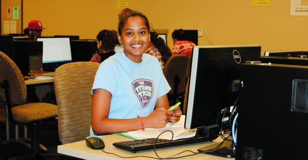 Southeast Student In Computer Lab