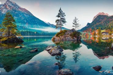 beautiful natural lakes