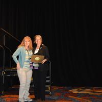 Rhonda Dyer accepts Award