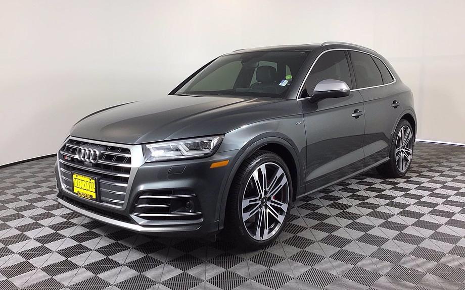 Pre-Owned 2018 Audi SQ5 Prestige