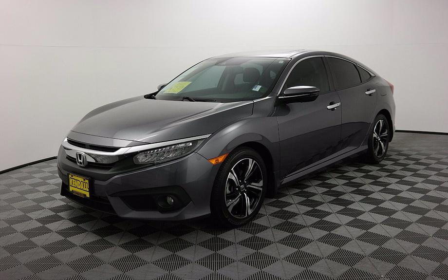 Pre-Owned 2017 Honda Civic Sedan Touring