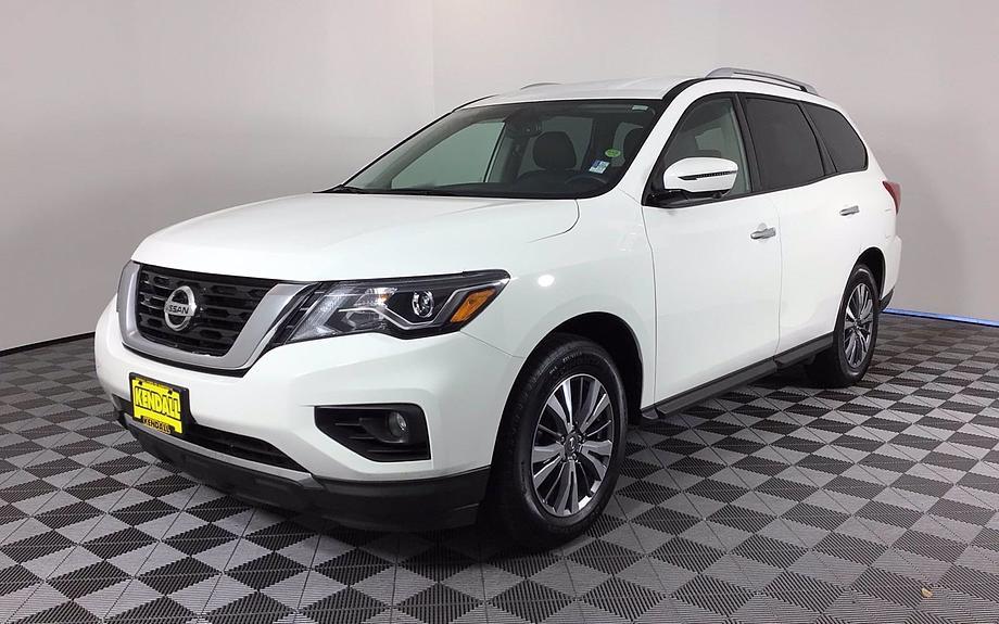Pre-Owned 2019 Nissan Pathfinder