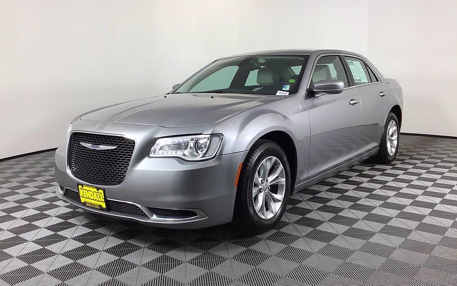 Pre-Owned 2015 Chrysler 300