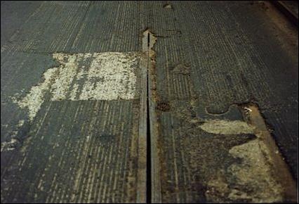 tracksbroadway-along-conduit.jpg