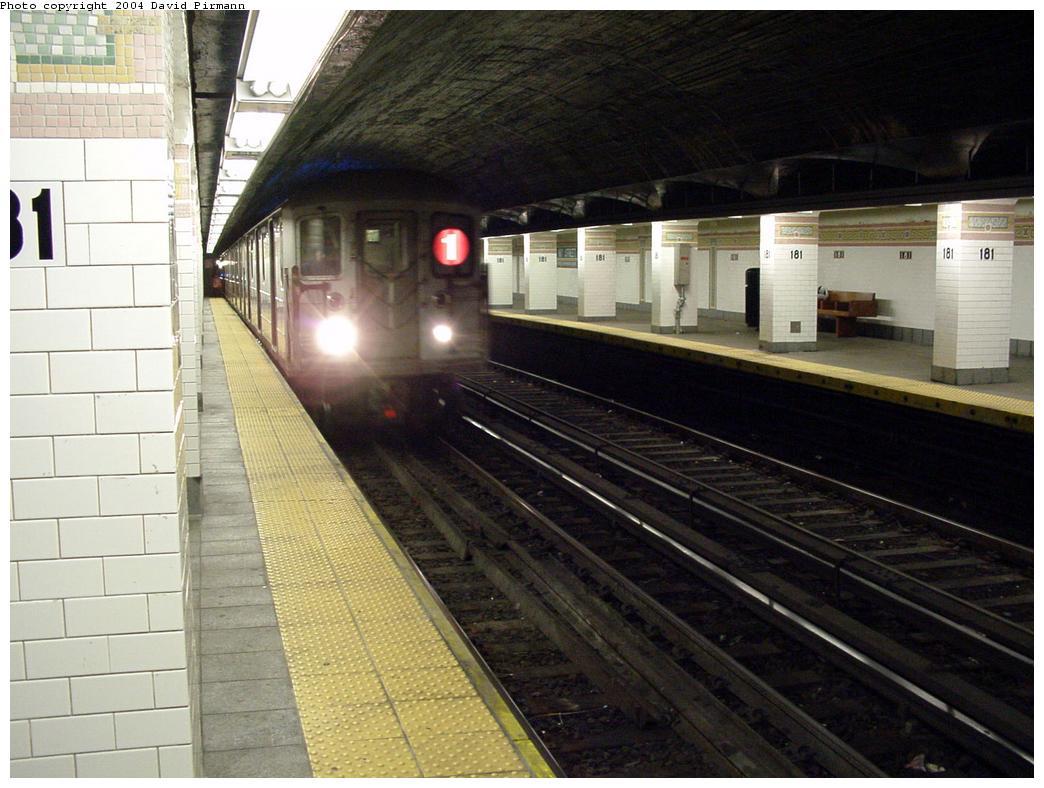 (125k, 1044x788)<br><b>Country:</b> United States<br><b>City:</b> New York<br><b>System:</b> New York City Transit<br><b>Line:</b> IRT West Side Line<br><b>Location:</b> 181st Street <br><b>Route:</b> 1<br><b>Photo by:</b> David Pirmann<br><b>Date:</b> 3/12/2000<br><b>Notes:</b> North end of station-southbound train entering<br><b>Viewed (this week/total):</b> 0 / 2840