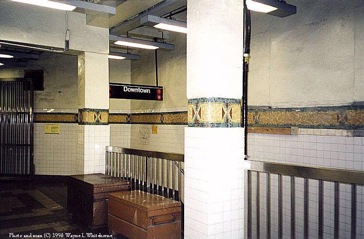 (84k, 747x491)<br><b>Country:</b> United States<br><b>City:</b> New York<br><b>System:</b> New York City Transit<br><b>Line:</b> IRT West Side Line<br><b>Location:</b> 34th Street/Penn Station <br><b>Photo by:</b> Wayne Whitehorne<br><b>Date:</b> 1998<br><b>Viewed (this week/total):</b> 0 / 3302