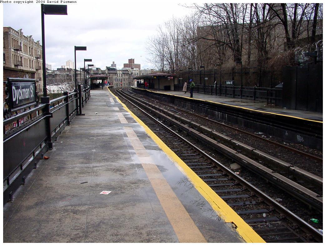 (169k, 1044x788)<br><b>Country:</b> United States<br><b>City:</b> New York<br><b>System:</b> New York City Transit<br><b>Line:</b> IRT West Side Line<br><b>Location:</b> Dyckman Street <br><b>Photo by:</b> David Pirmann<br><b>Date:</b> 3/12/2000<br><b>Viewed (this week/total):</b> 1 / 3344