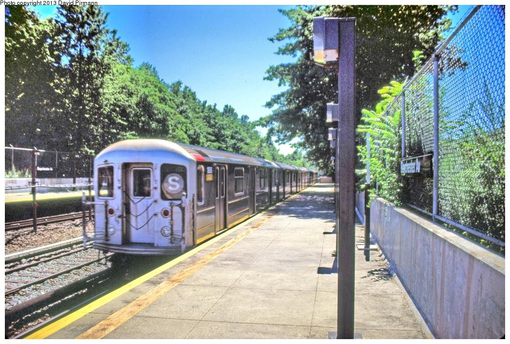 (416k, 1044x704)<br><b>Country:</b> United States<br><b>City:</b> New York<br><b>System:</b> New York City Transit<br><b>Line:</b> IRT Dyre Ave. Line<br><b>Location:</b> Baychester Avenue <br><b>Route:</b> 5<br><b>Car:</b> R-62A (Bombardier, 1984-1987)  1906 <br><b>Photo by:</b> David Pirmann<br><b>Date:</b> 8/1/1998<br><b>Viewed (this week/total):</b> 7 / 5421