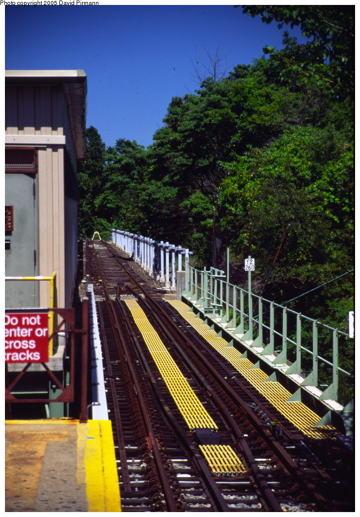(262k, 728x1044)<br><b>Country:</b> United States<br><b>City:</b> New York<br><b>System:</b> New York City Transit<br><b>Line:</b> IRT Dyre Ave. Line<br><b>Location:</b> Dyre Avenue <br><b>Photo by:</b> David Pirmann<br><b>Date:</b> 8/1/1998<br><b>Viewed (this week/total):</b> 2 / 4279