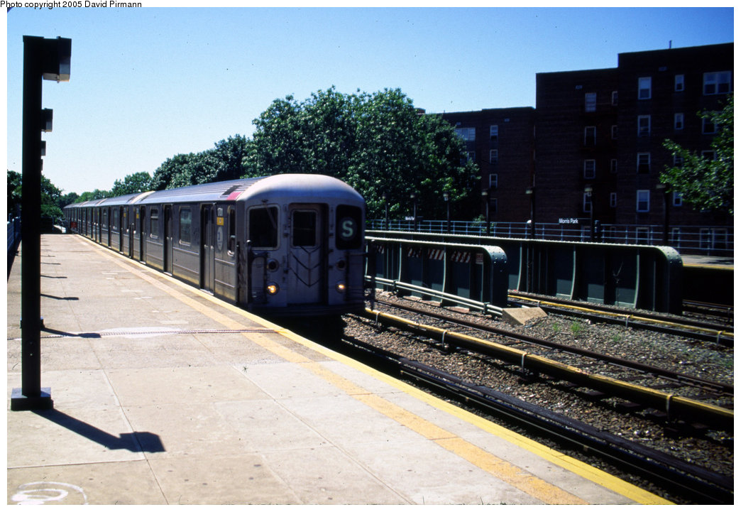 (208k, 1044x721)<br><b>Country:</b> United States<br><b>City:</b> New York<br><b>System:</b> New York City Transit<br><b>Line:</b> IRT Dyre Ave. Line<br><b>Location:</b> Morris Park <br><b>Route:</b> 5<br><b>Car:</b> R-62A (Bombardier, 1984-1987)  1701 <br><b>Photo by:</b> David Pirmann<br><b>Date:</b> 8/1/1998<br><b>Viewed (this week/total):</b> 2 / 8331