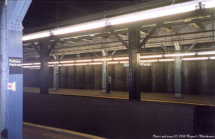 (82k, 744x482)<br><b>Country:</b> United States<br><b>City:</b> New York<br><b>System:</b> New York City Transit<br><b>Line:</b> IRT Dyre Ave. Line<br><b>Location:</b> Pelham Parkway <br><b>Photo by:</b> Wayne Whitehorne<br><b>Date:</b> 8/1/1998<br><b>Viewed (this week/total):</b> 1 / 3797
