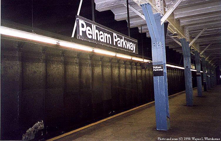 (85k, 752x481)<br><b>Country:</b> United States<br><b>City:</b> New York<br><b>System:</b> New York City Transit<br><b>Line:</b> IRT Dyre Ave. Line<br><b>Location:</b> Pelham Parkway <br><b>Photo by:</b> Wayne Whitehorne<br><b>Date:</b> 8/1/1998<br><b>Viewed (this week/total):</b> 0 / 4001