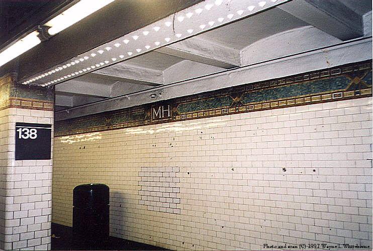 (102k, 742x501)<br><b>Country:</b> United States<br><b>City:</b> New York<br><b>System:</b> New York City Transit<br><b>Line:</b> IRT Woodlawn Line<br><b>Location:</b> 138th Street (Mott Haven) <br><b>Photo by:</b> Wayne Whitehorne<br><b>Date:</b> 1998<br><b>Viewed (this week/total):</b> 3 / 4987