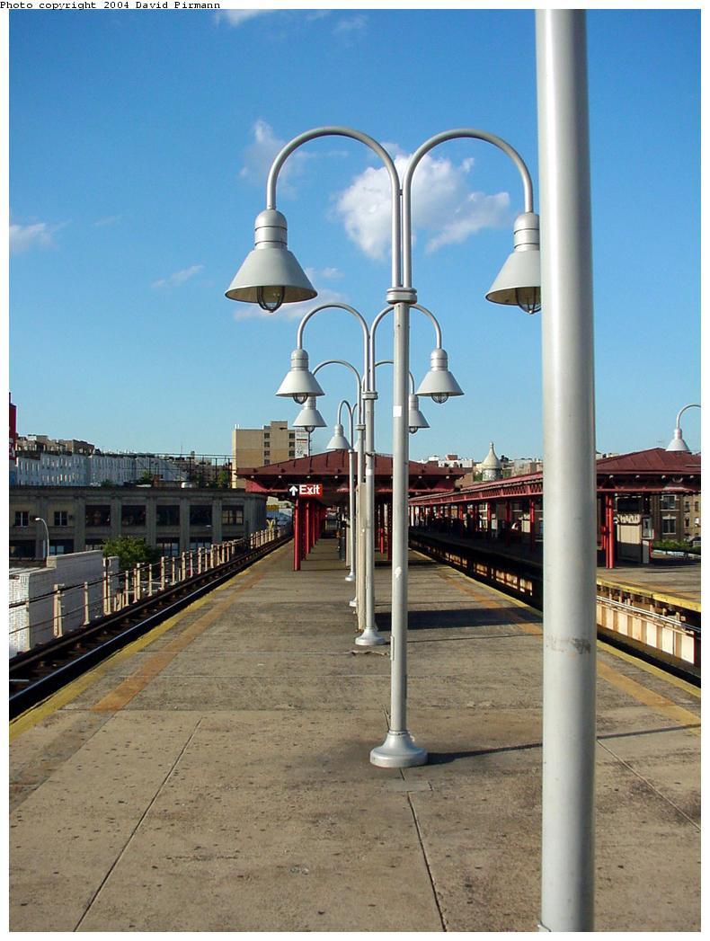 (121k, 790x1047)<br><b>Country:</b> United States<br><b>City:</b> New York<br><b>System:</b> New York City Transit<br><b>Line:</b> IRT Woodlawn Line<br><b>Location:</b> Burnside Avenue <br><b>Photo by:</b> David Pirmann<br><b>Date:</b> 7/12/2001<br><b>Viewed (this week/total):</b> 1 / 3302