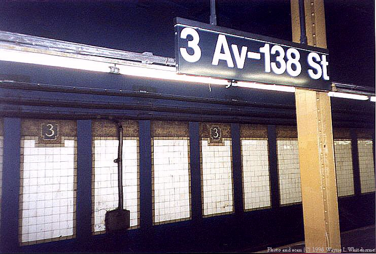 (94k, 741x501)<br><b>Country:</b> United States<br><b>City:</b> New York<br><b>System:</b> New York City Transit<br><b>Line:</b> IRT Pelham Line<br><b>Location:</b> 3rd Avenue/138th Street <br><b>Photo by:</b> Wayne Whitehorne<br><b>Date:</b> 9/30/1998<br><b>Notes:</b> View of 3rd Avenue-138th Street station<br><b>Viewed (this week/total):</b> 3 / 7721
