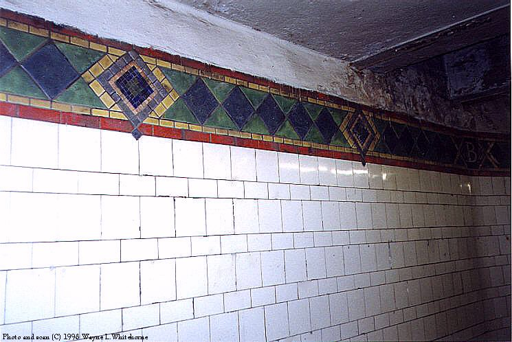 (86k, 745x498)<br><b>Country:</b> United States<br><b>City:</b> New York<br><b>System:</b> New York City Transit<br><b>Line:</b> IRT Pelham Line<br><b>Location:</b> Brook Avenue <br><b>Photo by:</b> Wayne Whitehorne<br><b>Date:</b> 9/30/1998<br><b>Notes:</b> Brook Avenue mosaic icon<br><b>Viewed (this week/total):</b> 4 / 2951