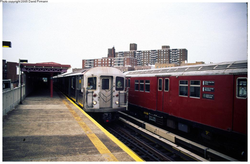 (161k, 1044x685)<br><b>Country:</b> United States<br><b>City:</b> New York<br><b>System:</b> New York City Transit<br><b>Line:</b> IRT Pelham Line<br><b>Location:</b> Buhre Avenue <br><b>Route:</b> 6<br><b>Car:</b> R-62A (Bombardier, 1984-1987)  1811 <br><b>Photo by:</b> David Pirmann<br><b>Date:</b> 7/21/1999<br><b>Viewed (this week/total):</b> 1 / 6024