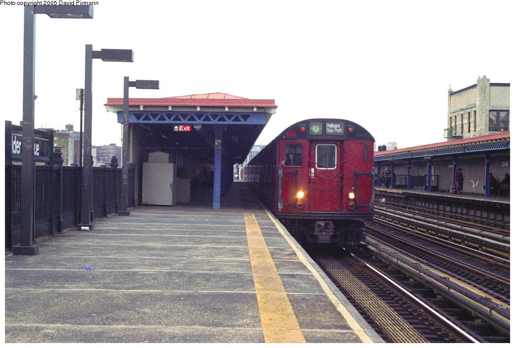 (196k, 1044x705)<br><b>Country:</b> United States<br><b>City:</b> New York<br><b>System:</b> New York City Transit<br><b>Line:</b> IRT Pelham Line<br><b>Location:</b> Elder Avenue <br><b>Route:</b> 6<br><b>Photo by:</b> David Pirmann<br><b>Date:</b> 11/18/1995<br><b>Viewed (this week/total):</b> 2 / 3098