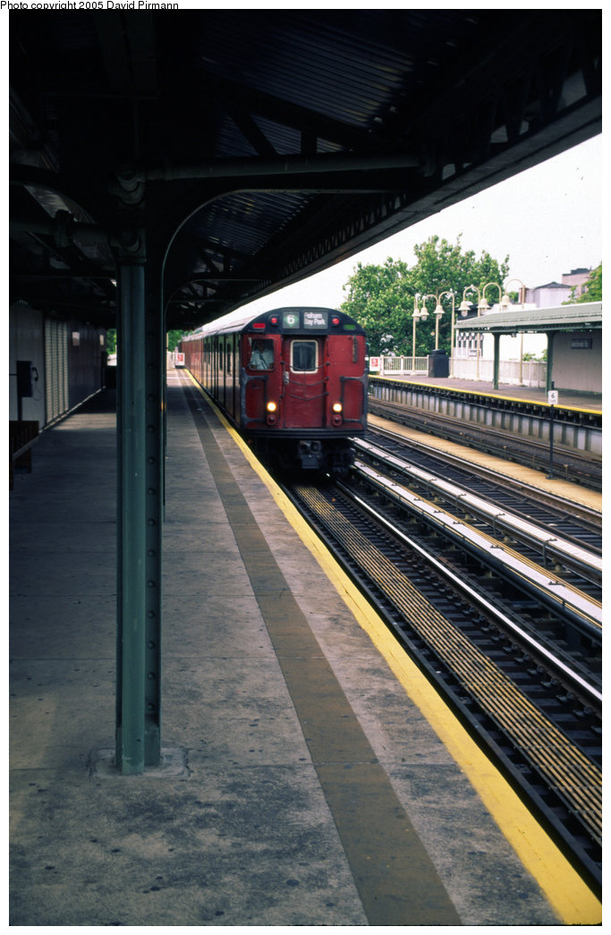 (189k, 683x1045)<br><b>Country:</b> United States<br><b>City:</b> New York<br><b>System:</b> New York City Transit<br><b>Line:</b> IRT Pelham Line<br><b>Location:</b> Westchester Square <br><b>Route:</b> 6<br><b>Photo by:</b> David Pirmann<br><b>Date:</b> 7/21/1999<br><b>Viewed (this week/total):</b> 2 / 4680
