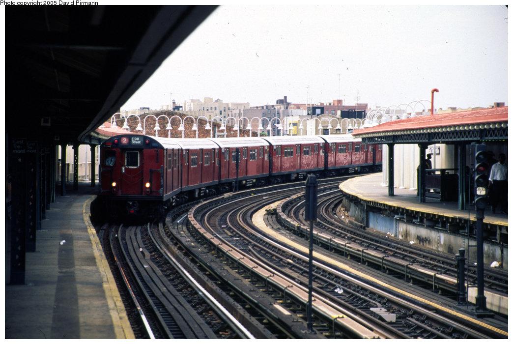 (197k, 1044x700)<br><b>Country:</b> United States<br><b>City:</b> New York<br><b>System:</b> New York City Transit<br><b>Line:</b> IRT White Plains Road Line<br><b>Location:</b> West Farms Sq./East Tremont Ave./177th St. <br><b>Route:</b> 2<br><b>Photo by:</b> David Pirmann<br><b>Date:</b> 7/21/1999<br><b>Viewed (this week/total):</b> 0 / 2139