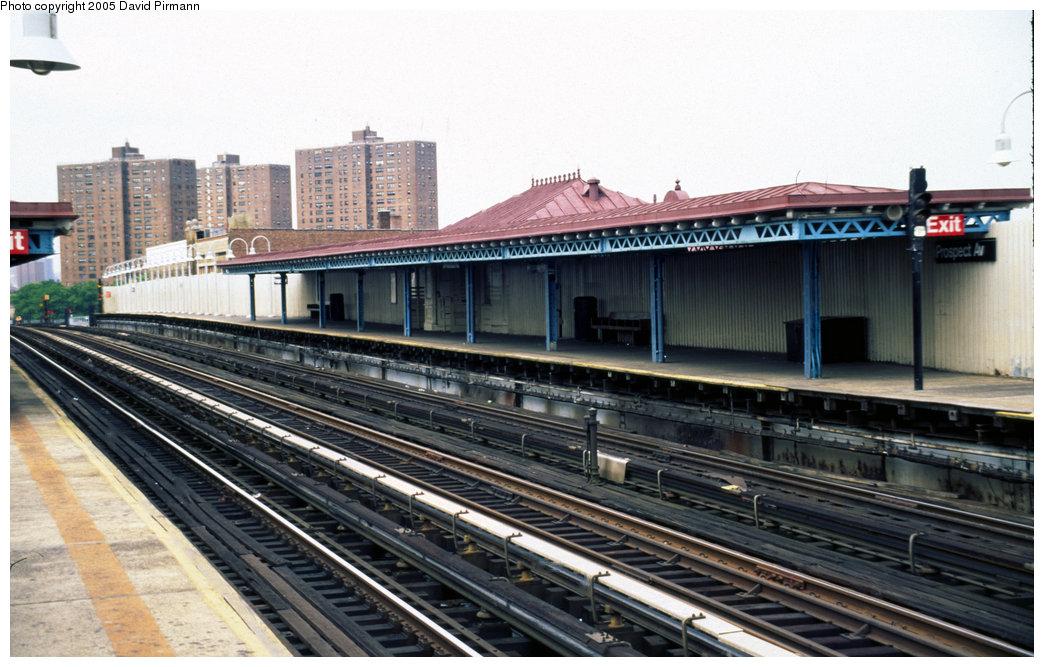 (201k, 1044x667)<br><b>Country:</b> United States<br><b>City:</b> New York<br><b>System:</b> New York City Transit<br><b>Line:</b> IRT White Plains Road Line<br><b>Location:</b> Prospect Avenue <br><b>Photo by:</b> David Pirmann<br><b>Date:</b> 7/21/1999<br><b>Viewed (this week/total):</b> 0 / 4047