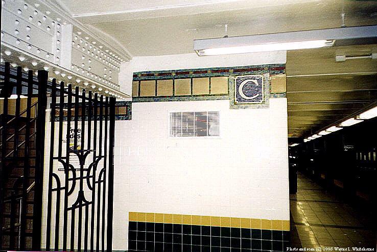(91k, 738x495)<br><b>Country:</b> United States<br><b>City:</b> New York<br><b>System:</b> New York City Transit<br><b>Line:</b> IRT Brooklyn Line<br><b>Location:</b> Church Avenue <br><b>Route:</b> 2<br><b>Photo by:</b> Wayne Whitehorne<br><b>Date:</b> 2/28/1998<br><b>Viewed (this week/total):</b> 0 / 4154