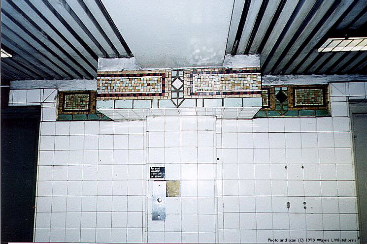 (96k, 745x496)<br><b>Country:</b> United States<br><b>City:</b> New York<br><b>System:</b> New York City Transit<br><b>Line:</b> IRT Brooklyn Line<br><b>Location:</b> Clark Street <br><b>Photo by:</b> Wayne Whitehorne<br><b>Date:</b> 3/21/1998<br><b>Viewed (this week/total):</b> 0 / 5447