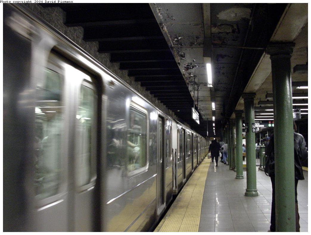 (111k, 1044x788)<br><b>Country:</b> United States<br><b>City:</b> New York<br><b>System:</b> New York City Transit<br><b>Line:</b> IRT Brooklyn Line<br><b>Location:</b> Nevins Street <br><b>Photo by:</b> David Pirmann<br><b>Date:</b> 5/17/2000<br><b>Viewed (this week/total):</b> 5 / 11304