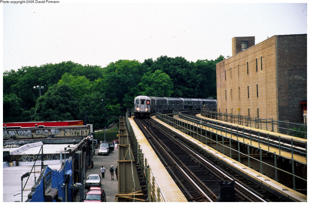 (224k, 1044x692)<br><b>Country:</b> United States<br><b>City:</b> New York<br><b>System:</b> New York City Transit<br><b>Line:</b> IRT Brooklyn Line<br><b>Location:</b> Sutter Avenue/Rutland Road <br><b>Route:</b> 3<br><b>Photo by:</b> David Pirmann<br><b>Date:</b> 7/21/1999<br><b>Viewed (this week/total):</b> 1 / 6371