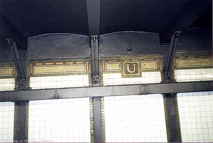 (77k, 744x499)<br><b>Country:</b> United States<br><b>City:</b> New York<br><b>System:</b> New York City Transit<br><b>Line:</b> IRT Brooklyn Line<br><b>Location:</b> Utica Avenue<br><b>Photo by:</b> Wayne Whitehorne<br><b>Date:</b> 1/31/1998<br><b>Viewed (this week/total):</b> 1 / 4063
