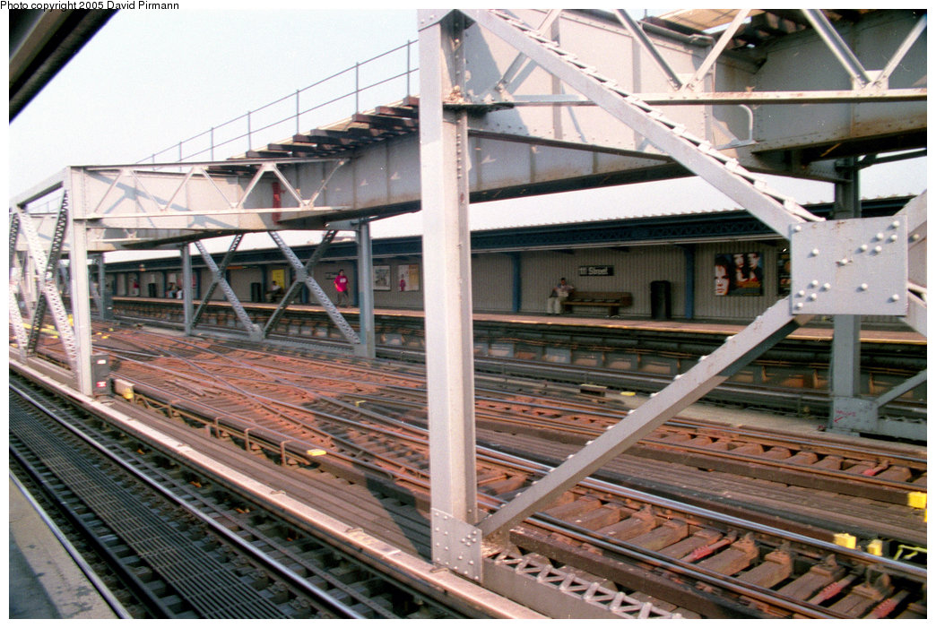(240k, 1044x701)<br><b>Country:</b> United States<br><b>City:</b> New York<br><b>System:</b> New York City Transit<br><b>Line:</b> IRT Flushing Line<br><b>Location:</b> 111th Street <br><b>Route:</b> 7<br><b>Photo by:</b> David Pirmann<br><b>Date:</b> 7/29/1998<br><b>Viewed (this week/total):</b> 0 / 3533