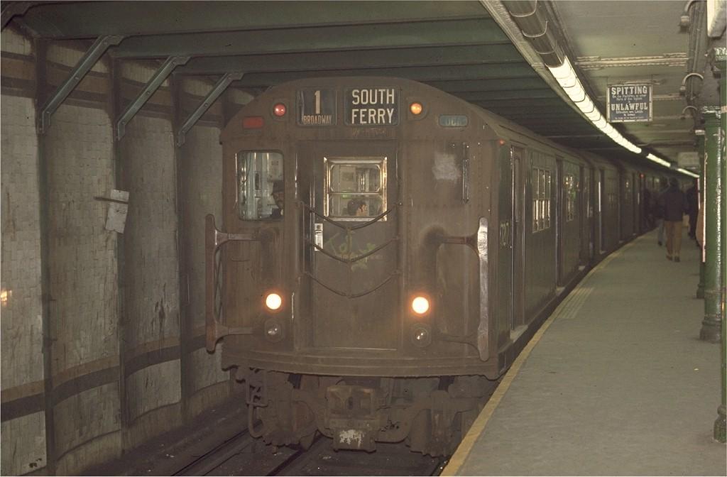 (146k, 1024x672)<br><b>Country:</b> United States<br><b>City:</b> New York<br><b>System:</b> New York City Transit<br><b>Line:</b> IRT West Side Line<br><b>Location:</b> 72nd Street <br><b>Route:</b> 1<br><b>Car:</b> R-21 (St. Louis, 1956-57) 7217 <br><b>Photo by:</b> Joe Testagrose<br><b>Viewed (this week/total):</b> 4 / 3901