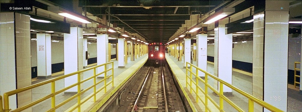 (280k, 1024x379)<br><b>Country:</b> United States<br><b>City:</b> New York<br><b>System:</b> New York City Transit<br><b>Line:</b> IRT Flushing Line<br><b>Location:</b> Main Street/Flushing <br><b>Route:</b> 7<br><b>Car:</b> R-36 World's Fair (St. Louis, 1963-64) 9411 <br><b>Photo by:</b> Salaam Allah<br><b>Date:</b> 11/1/1999<br><b>Viewed (this week/total):</b> 2 / 8162