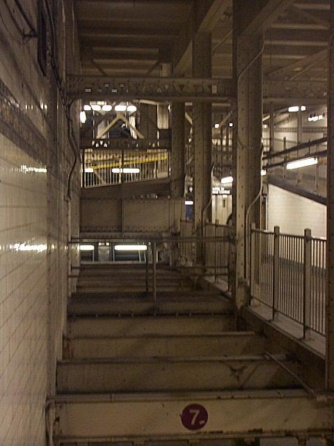 (47k, 480x640)<br><b>Country:</b> United States<br><b>City:</b> New York<br><b>System:</b> New York City Transit<br><b>Line:</b> IRT Flushing Line<br><b>Location:</b> Times Square <br><b>Route:</b> 7<br><b>Photo by:</b> Richard Brome<br><b>Date:</b> 2000<br><b>Viewed (this week/total):</b> 5 / 5810