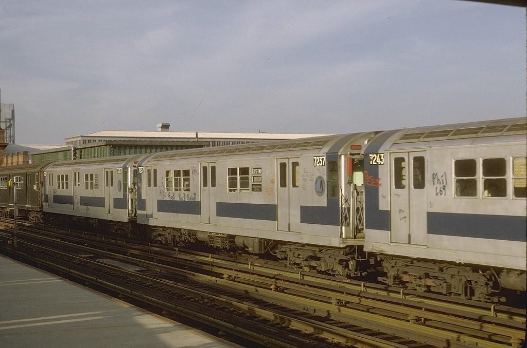 (189k, 1024x678)<br><b>Country:</b> United States<br><b>City:</b> New York<br><b>System:</b> New York City Transit<br><b>Line:</b> IRT West Side Line<br><b>Location:</b> 215th Street <br><b>Route:</b> 1<br><b>Car:</b> R-21 (St. Louis, 1956-57) 7237 <br><b>Photo by:</b> Joe Testagrose<br><b>Date:</b> 5/21/1972<br><b>Viewed (this week/total):</b> 1 / 2916