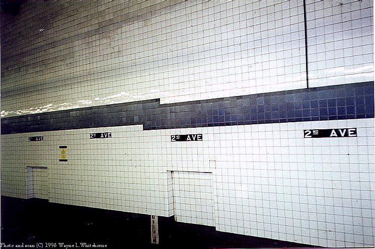 (98k, 745x495)<br><b>Country:</b> United States<br><b>City:</b> New York<br><b>System:</b> New York City Transit<br><b>Line:</b> IND 6th Avenue Line<br><b>Location:</b> 2nd Avenue <br><b>Route:</b> F<br><b>Photo by:</b> Wayne Whitehorne<br><b>Date:</b> 3/21/1998<br><b>Notes:</b> 2nd Avenue IND station tile band<br><b>Viewed (this week/total):</b> 0 / 2983