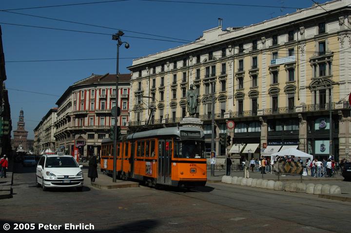(163k, 720x478)<br><b>Country:</b> Italy<br><b>City:</b> Milan<br><b>System:</b> Azienda Trasporti Milanesi (ATM)<br><b>Location:</b> Dante/Cordusio <br><b>Route:</b> 16<br><b>Car:</b> Milan 6-Axle Articulated (Stanga/Breda, 1955-1960)  4611 <br><b>Photo by:</b> Peter Ehrlich<br><b>Date:</b> 3/19/2005<br><b>Viewed (this week/total):</b> 2 / 856