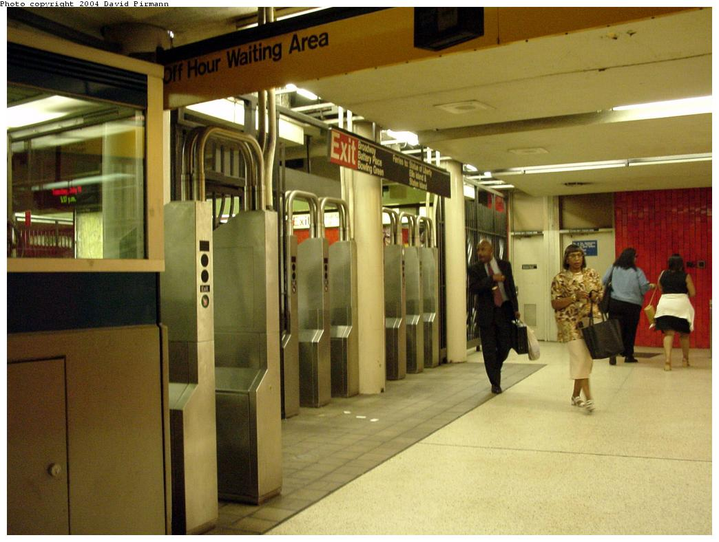 (118k, 1044x788)<br><b>Country:</b> United States<br><b>City:</b> New York<br><b>System:</b> New York City Transit<br><b>Line:</b> IRT East Side Line<br><b>Location:</b> Bowling Green <br><b>Photo by:</b> David Pirmann<br><b>Date:</b> 7/11/2000<br><b>Notes:</b> Fare control underneath platform level<br><b>Viewed (this week/total):</b> 2 / 8314