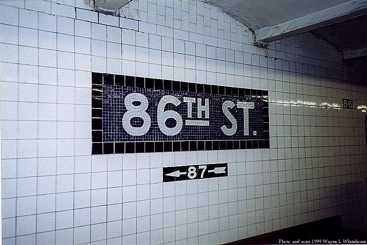 (76k, 746x499)<br><b>Country:</b> United States<br><b>City:</b> New York<br><b>System:</b> New York City Transit<br><b>Line:</b> IND 8th Avenue Line<br><b>Location:</b> 86th Street <br><b>Photo by:</b> Wayne Whitehorne<br><b>Date:</b> 2/11/1999<br><b>Viewed (this week/total):</b> 1 / 3502