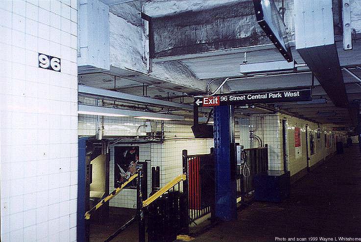 (84k, 737x495)<br><b>Country:</b> United States<br><b>City:</b> New York<br><b>System:</b> New York City Transit<br><b>Line:</b> IND 8th Avenue Line<br><b>Location:</b> 96th Street <br><b>Photo by:</b> Wayne Whitehorne<br><b>Date:</b> 10/3/1999<br><b>Viewed (this week/total):</b> 0 / 5819